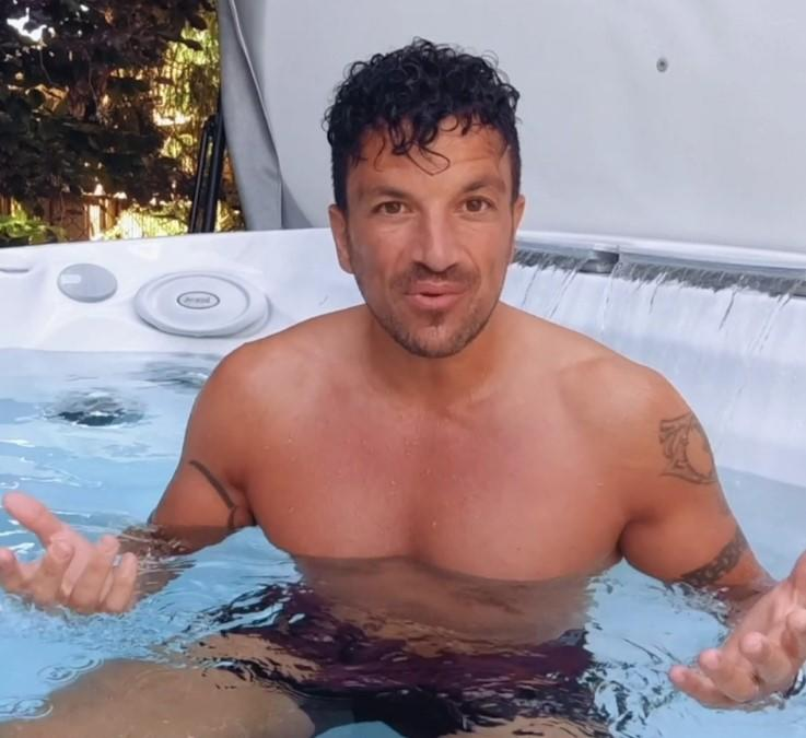 peter andre home hot tub z