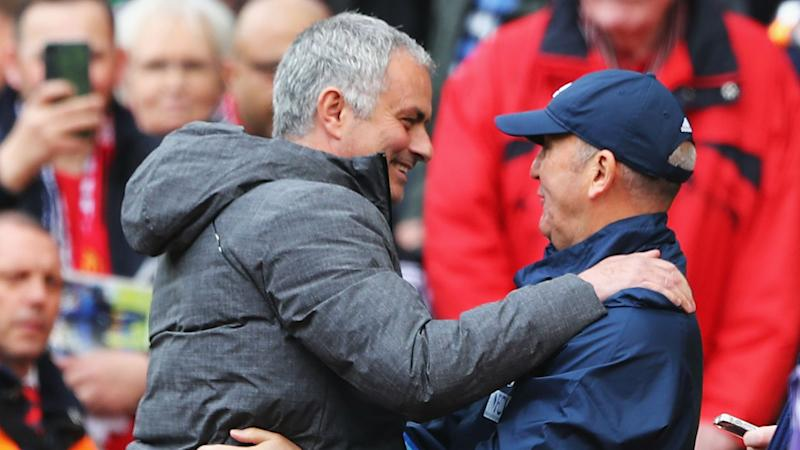 Pulis backs Mourinho for title triumph next season
