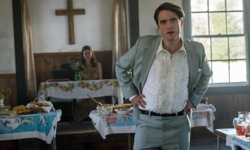 The Devil All the Time review – Pattinson is plausibly icky in violent gothic noir