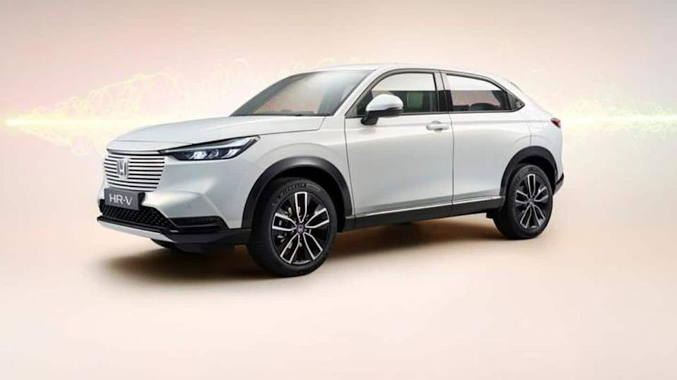 Honda HR-V e:HEV hybrid, with an updated design, unveiled