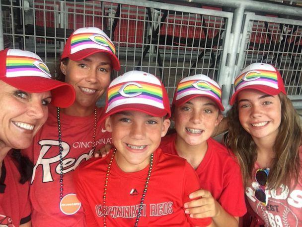 PHOTO: Dana Gendreau, far left, poses with her family in Cincinnati, Ohio (Dana Gendreau)