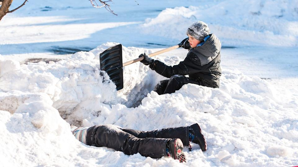 Snow fort collapses can quickly turn deadly during winter play.  (Image via Getty Images)