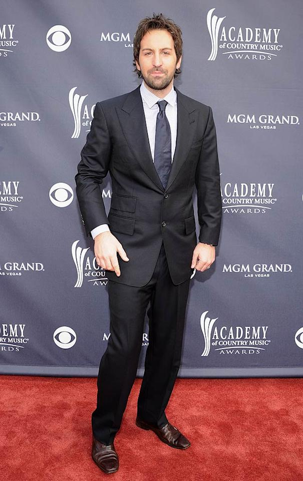 """Josh Kelley  Grade: C+   Unfortunately, Katherine Heigl's singer/songwriter hubby Josh Kelley ruined his navy suit and checked shirt combo with a wrinkly tie. Rick Diamond/<a href=""""http://www.gettyimages.com/"""" target=""""new"""">GettyImages.com</a> - April 3, 2011"""
