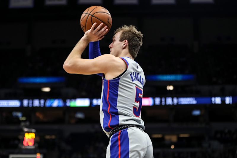 Detroit Pistons guard Luke Kennard shoots during the first quarter against the Minnesota Timberwolves at Target Center, Wednesday, Dec. 19, 2018, in Minneapolis.