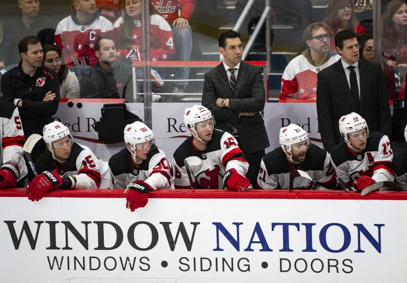 Hischer scores twice, Devils rout Capitals 5-1 to end skid