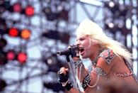<p>Neil is best known for being the lead vocalist of Mötley Crüe, but has also released three solo albums.<br></p>