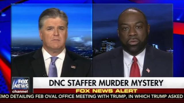 Sean Hannity speaks with Rod Wheeler in this screengrab from Fox News' coverage of the death of Seth Rich.