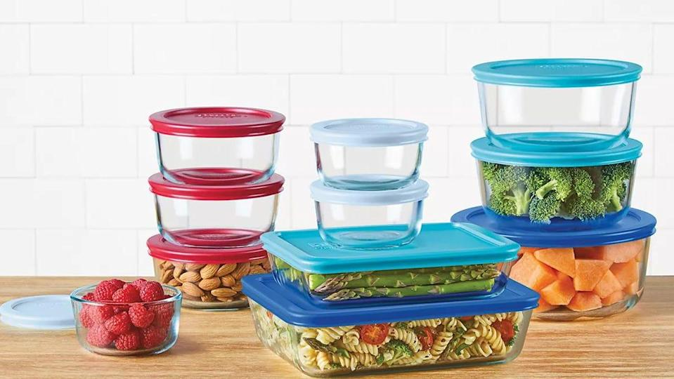 Durability and stain-resistance are just two of the highlights of this 22-piece container set