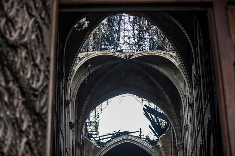Notre-Dame Esplanade to Get 'Ephemeral' Wooden Cathedral for Worshippers Until it Reopens