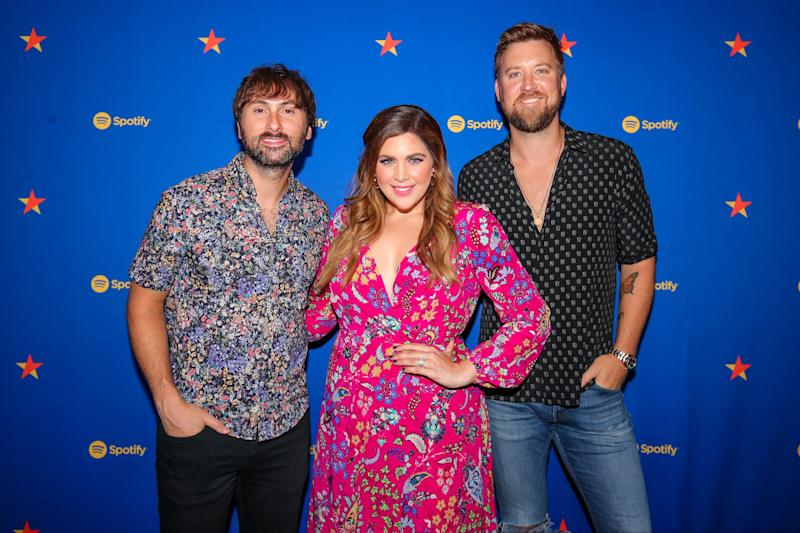 The members of Lady Antebellum on the red carpet