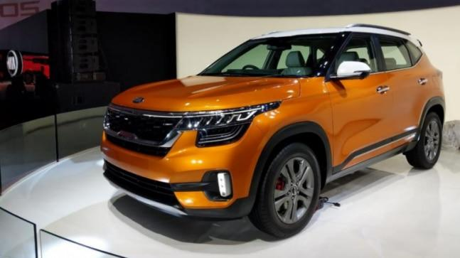 Kia Seltos is powered by new third-gen BSVI (BS6) compliant powertrains. The buyers will have a lot of engine options to choose from. There is a 1.4 Turbo GDI petrol mill, offered with a 7-speed DCT. This is not it. There are other petrol and diesel motors as well, with a choice for IVT (Intelligent Continuously Variable Transmission), 6-speed automatic and 6-speed manual gearbox.