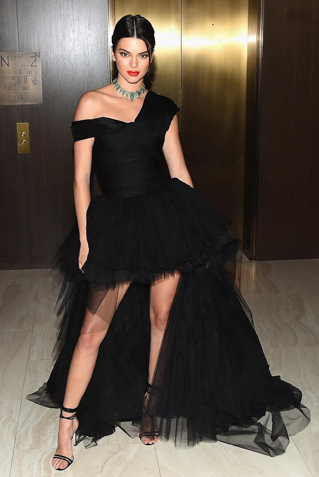 """<h2>In Giambattista Valli</h2>                                                                                                                                                                             <p><p>At Daily Front Row's Fashion Media Awards in New York City, 2017</p>                                                                                                                                                                               <h4>Getty Images</h4>                                                                                                                 <p>     <strong>Related Articles</strong>     <ul>         <li><a rel=""""nofollow"""" href=""""http://thezoereport.com/fashion/style-tips/box-of-style-ways-to-wear-cape-trend/?utm_source=yahoo&utm_medium=syndication"""">The Key Styling Piece Your Wardrobe Needs</a></li><li><a rel=""""nofollow"""" href=""""http://thezoereport.com/living/wellness/how-often-should-you-wash-towels-bacteria-study/?utm_source=yahoo&utm_medium=syndication"""">You Should Really Wash Your Towels More, Says Science</a></li><li><a rel=""""nofollow"""" href=""""http://thezoereport.com/living/wellness/hangover-anxiety-hangxiety/?utm_source=yahoo&utm_medium=syndication"""">Hangover Anxiety Is Real—Here's What You Need To Know</a></li>    </ul> </p>"""