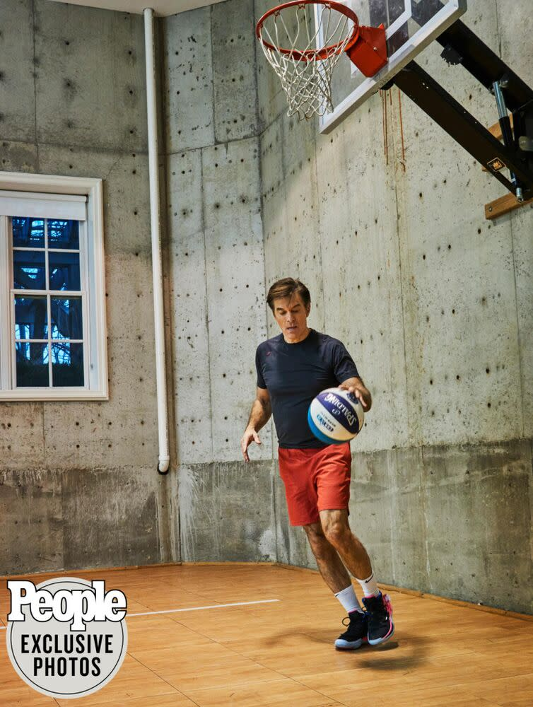 Mehmet (pictured wearing his favorite athletic gear by Rhone) stays active by shooting hoops on his basement basketball court. | Frédéric Lagrange