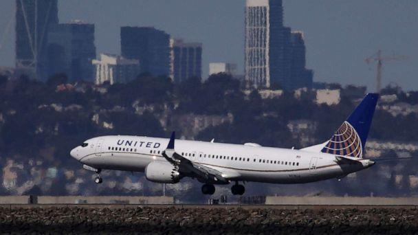 PHOTO: A United Airlines Boeing 737 Max 9 aircraft lands at San Francisco International Airport in Burlingame, Calif., March 13, 2019. (Justin Sullivan/Getty Images, FILE)