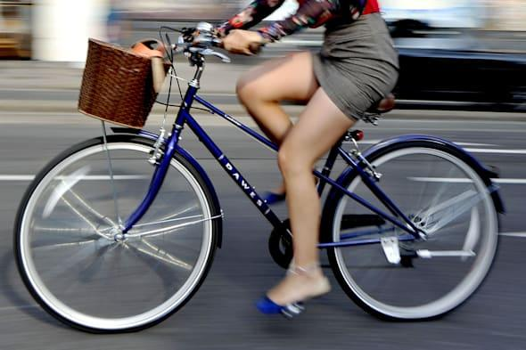 Commute by bike 'to lose weight'