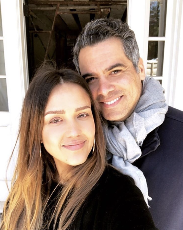 "<p>""That's the tired happy face of us checking the progress of our new abode after a night out with our friend #davechappelle,"" the actress captioned this shot with husband Cash Warren. ""Only he can get us out until 2am."" (Photo: <a href=""https://www.instagram.com/p/BfZeaBQhZlF/?taken-by=jessicaalba"" rel=""nofollow noopener"" target=""_blank"" data-ylk=""slk:Jessica Alba via Instagram"" class=""link rapid-noclick-resp"">Jessica Alba via Instagram</a>) </p>"