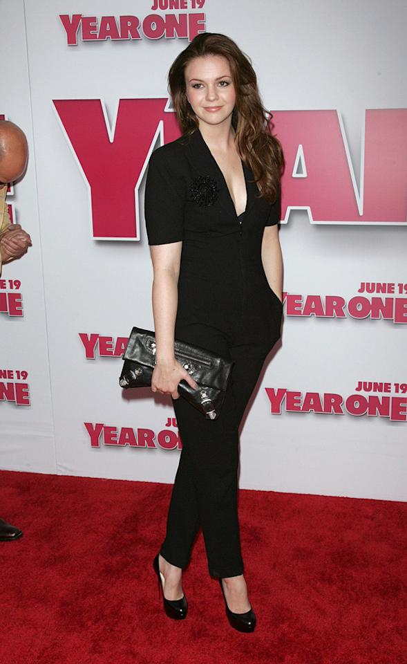 "<a href=""http://movies.yahoo.com/movie/contributor/1800295169"">Amber Tamblyn</a> at the New York premiere of <a href=""http://movies.yahoo.com/movie/1809981033/info"">Year One</a> - 06/15/2009"