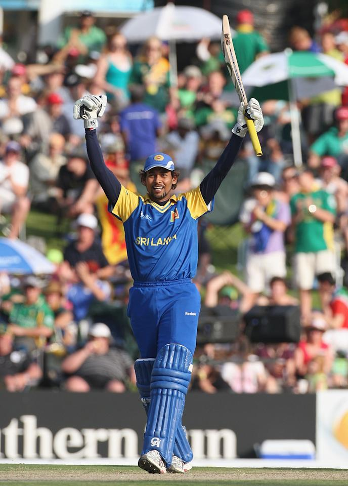 CENTURION, SOUTH AFRICA - SEPTEMBER 22:  Tillakaratne Dilshan of Sri Lanka celebrates his century during the ICC Champions Trophy Group B match between South Africa and Sri Lanka played at Super Sport Park on September 22, 2009 in Centurion, South Africa.  (Photo by Hamish Blair/Getty Images)