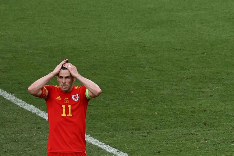 Gareth Bale missed a chance to add to his Wales goalscoring record
