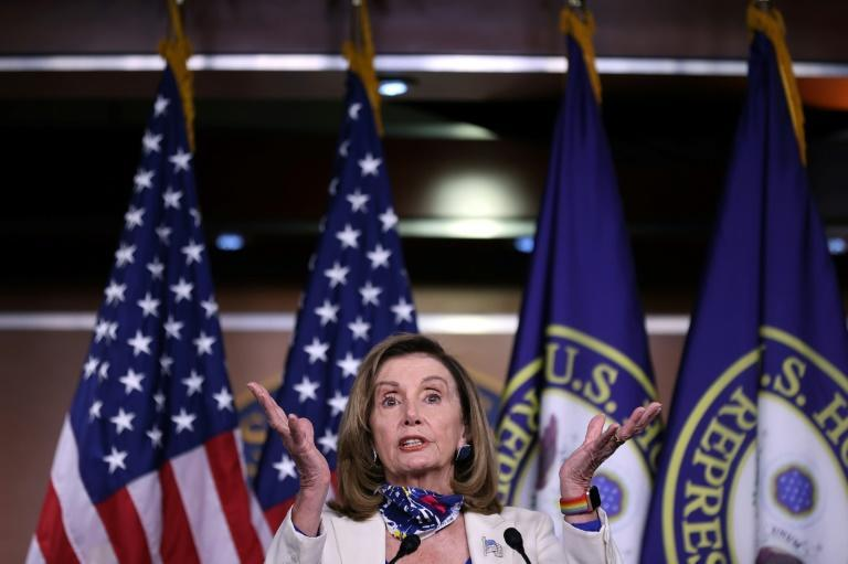 House Speaker Nancy Pelosi called for US airlines to halt layoffs, saying she backed more federal support to protect airline jobs