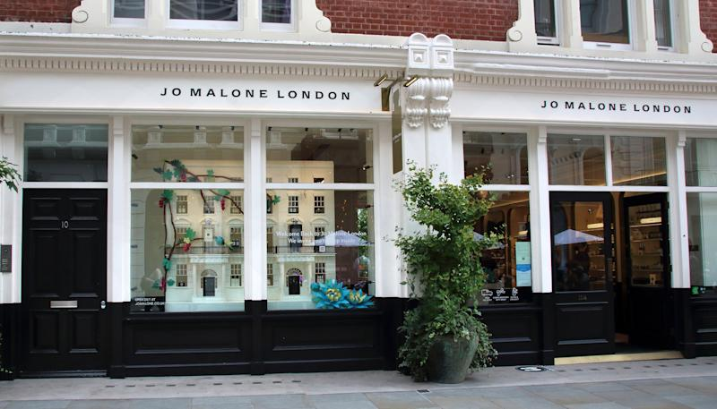 LONDON, UNITED KINGDOM - 2020/08/22: Jo Malone London designer store close to Covent Garden in Central London. (Photo by Keith Mayhew/SOPA Images/LightRocket via Getty Images)