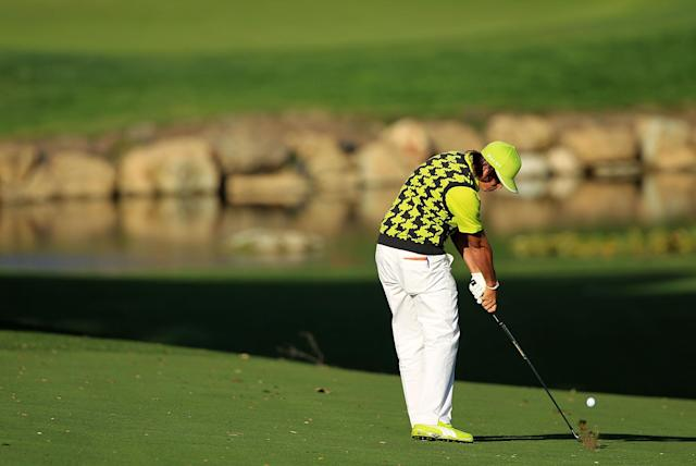 THOUSAND OAKS, CA - DECEMBER 01: Rickie Fowler hits his second shot on the 18th hole during the first round of the Chevron World Challenge at Sherwood Country Club on December 1, 2011 in Thousand Oaks, California. (Photo by Scott Halleran/Getty Images)