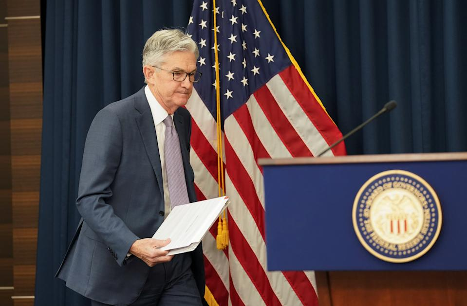U.S. Federal Reserve Chairman Jerome Powellarrives to speak to reporters afterthe Federal Reserve cut interest rates in an emergency move designed to shield the world's largest economy from the impact of the coronavirus, during a news conference in Washington, U.S., March 3, 2020. REUTERS/Kevin Lamarque