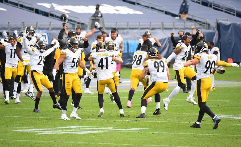 FILE PHOTO: NFL: Pittsburgh Steelers at Tennessee Titans