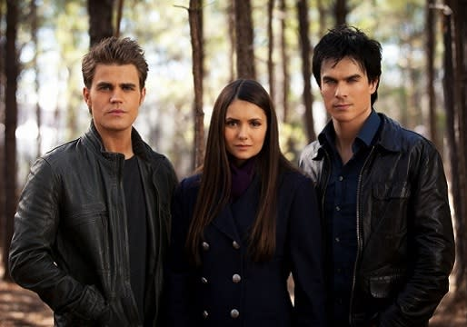 Vampire Diaries Triangle Scoop: EP Julie Plec Confirms Elena Will Make Her Decision By Finale