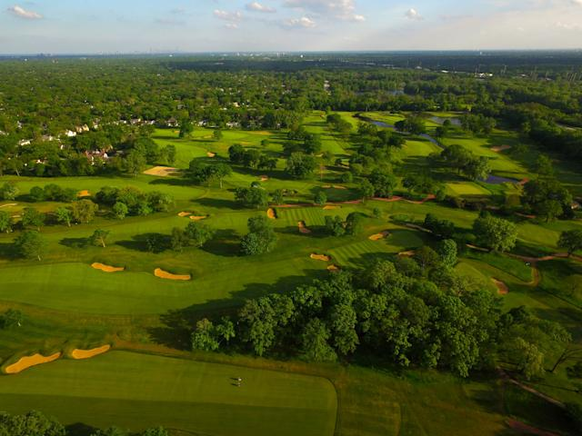 "<h1 class=""title"">Skokie Country Club.jpg</h1> <div class=""caption""> An aerial of Skokie Country Club, in Glencoe, Ill., prior to much of the most recent restoration efforts by Ron Prichard. </div> <cite class=""credit"">Courtesy of the club</cite>"