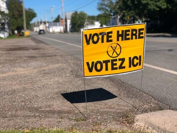 Elections NB says there are fewer contested seats in this year's district education council election, with more than half of them set to be filled by acclamation. (Gary Moore/CBC - image credit)