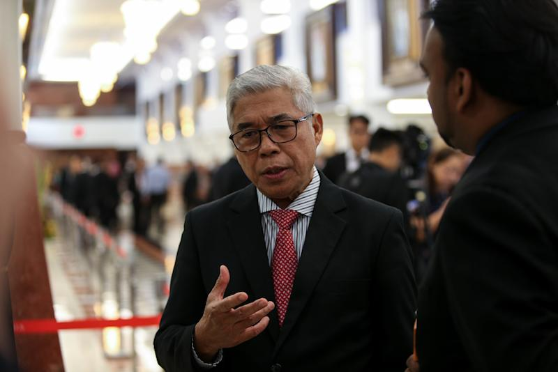 File picture shows Pasir Gudang MP Hassan Abdul Karim speaking to reporters at the Parliament lobby in Kuala Lumpur March 14, 2019. — Picture by Ahmad Zamzahuri