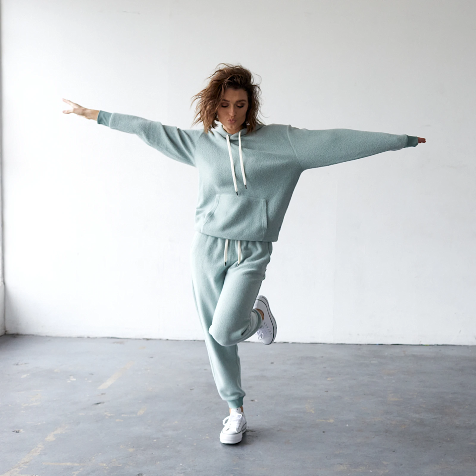 "<h2>feat</h2><br>This California-based loungewear label is home to a little something called the BlanketBlend hoodie — aka ""The Softest Hoodie Ever."" Each of feat's casual-cool pieces is crafted with premium shrink-free materials that undergo the brand's signature ButterWash process in order to achieve its legendary cloud-like feel. You can buy the unisex hoodies and crewneck sweatshirts solo or bundle them together with a pair of sleek-and-soft joggers.<br><br><em>Shop </em><strong><em><a href=""https://featclothing.com/"" rel=""nofollow noopener"" target=""_blank"" data-ylk=""slk:feat"" class=""link rapid-noclick-resp"">feat</a></em></strong><br><br><strong>feat</strong> BlanketBlend Hoodie + Jogger, $, available at <a href=""https://go.skimresources.com/?id=30283X879131&url=https%3A%2F%2Ffave.co%2F3mytjcf"" rel=""nofollow noopener"" target=""_blank"" data-ylk=""slk:feat"" class=""link rapid-noclick-resp"">feat</a>"