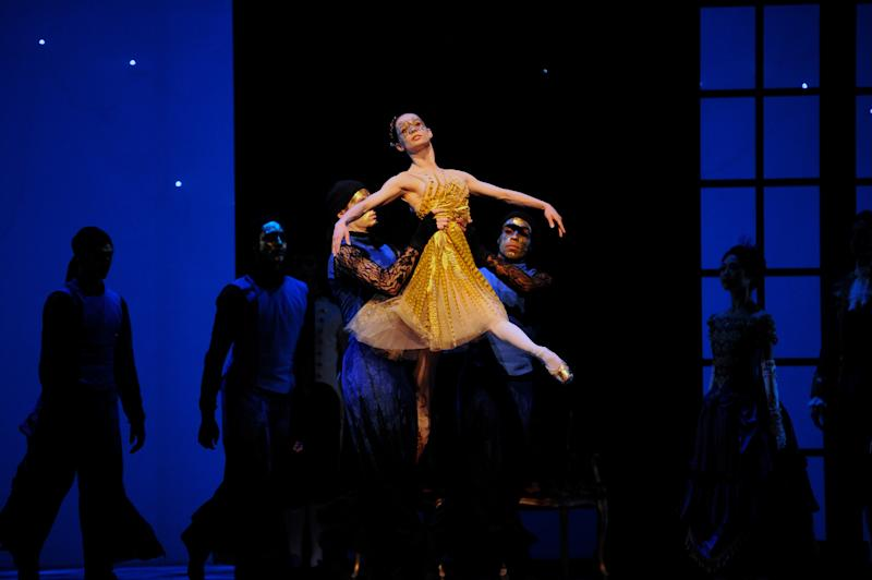 "This 2013 photo provided by the San Francisco Ballet shows Maria Kochetkova in Wheeldon's ""Cinderella."" The production arrives at New York's David H. Koch Theater at Lincoln Center on Oct. 23. (AP Photo/San Francisco Ballet, Erik Tomasson)"
