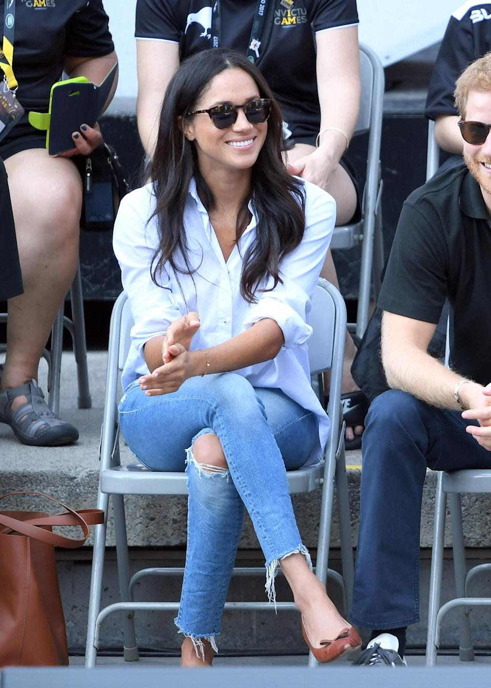 The first time Meghan Markle wore jeans from Mother, at the 2017 Invictus Games