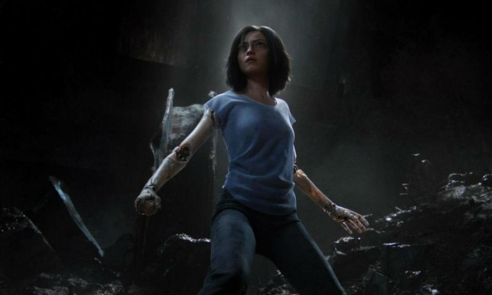 <p>Based on the Japanese manga, Alita is an amnesiac cyborg found in a scrapyard who after being restored by a cyber-doctor discovers there is a lot more to her as she faces off against other super-powered machines in a post-apocalyptic world. </p>