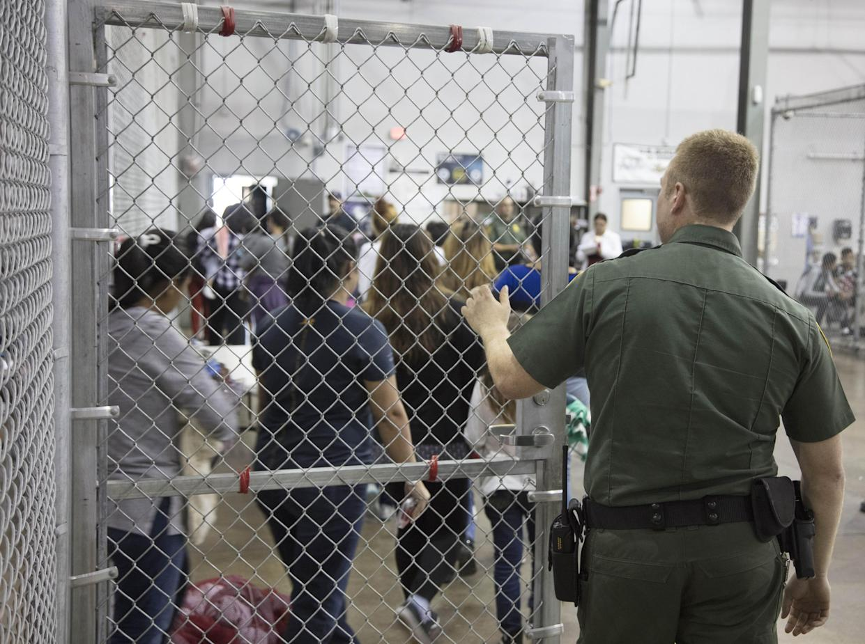 Illegal border crossers detained by U.S. Border Patrol agents are seen in a jail at the Central Processing Center in McAllen, Texas, June 17, 2018. (Photo: U.S. Border Patrol/Handout/Anadolu Agency/Getty Images)