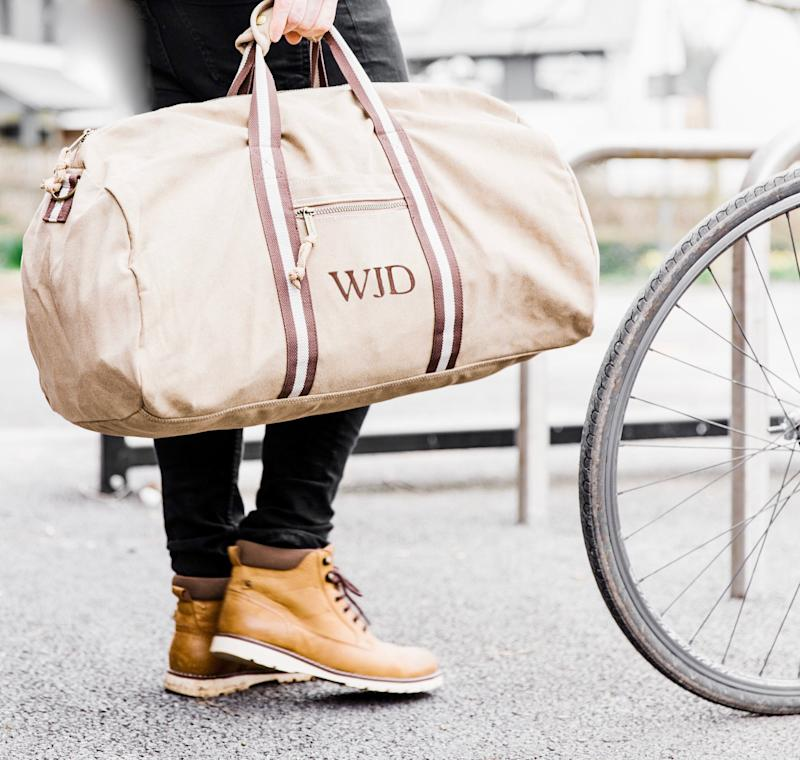 """<a href=""""https://fave.co/2rdf3Ox"""">Personalised Natural Canvas Holdall, The Forest &amp; Co, via Not On The High Street,</a> &pound;39 (Photo: Huffington Post UK )"""