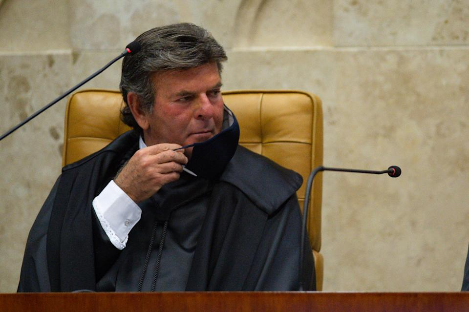 BRASILIA, BRAZIL - SEPTEMBER 10: The new Supreme Court President Luiz Fux reacts during his swearing-in ceremony amidst the coronavirus(COVID-19) pandemic at the on September 10, 2020 in Brasilia. Brazil has over 4.197,000 confirmed positive cases of Coronavirus and has over 128,539 deaths. (Photo by Andressa Anholete/Getty Images)