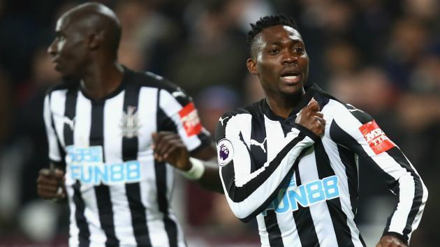 <p>Benitez explains Atsu's substitute role against Manchester City</p>