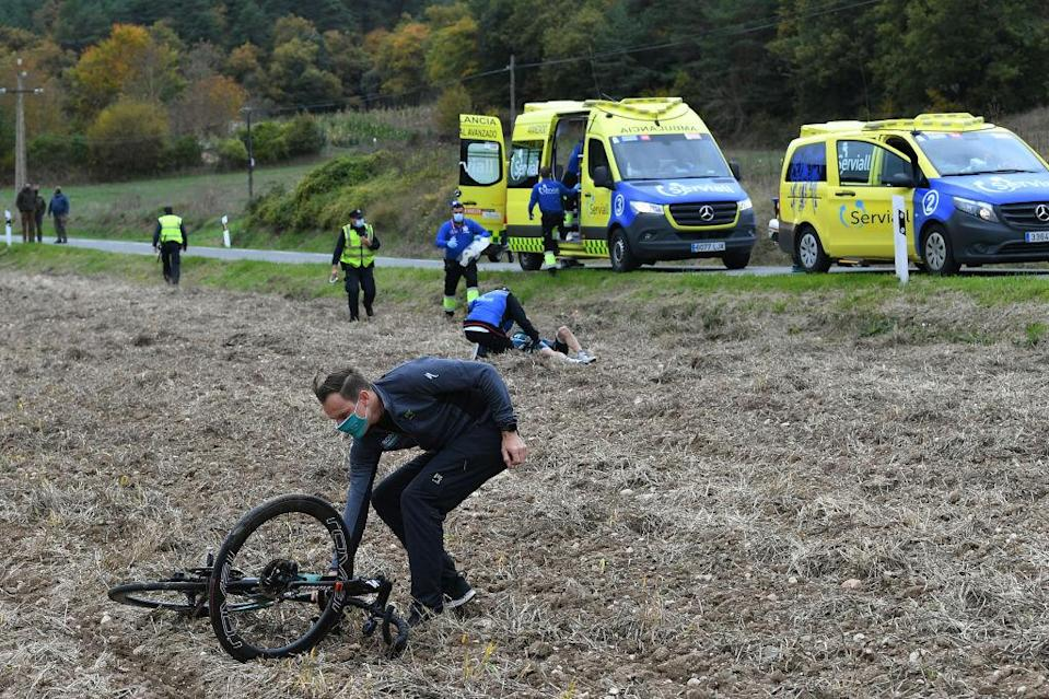VILLANUEVA DE VALDEGOVIA SPAIN  OCTOBER 27 sof Australia and Team BORA  Hansgrohe  Crash  Injury Medical  Doctor  Abandon  during the 75th Tour of Spain 2020 Stage 7 a 1597km from VitoriaGasteiz to Villanueva de Valdegovia  lavuelta  LaVuelta20  La Vuelta  on October 27 2020 in Villanueva de Valdegovia Spain Photo by Justin SetterfieldGetty Images