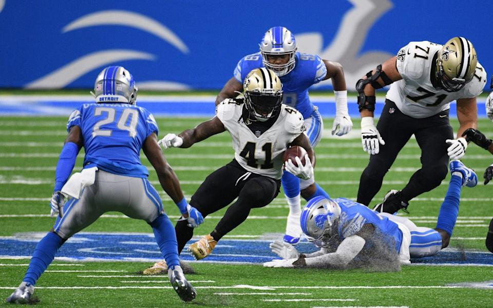 New Orleans Saints running back Alvin Kamara (41) runs during the game against the Detroit Lions at Ford Field. - Tim Fuller-USA TODAY Sports