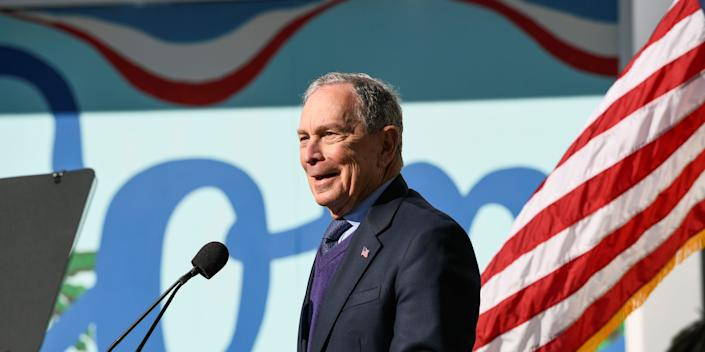 FILE PHOTO: Democratic presidential candidate Michael Bloomberg visits the Dollarhide Community Center for a campaign event in Compton, California, U.S. February 3, 2020. REUTERS/Andrew Cullen