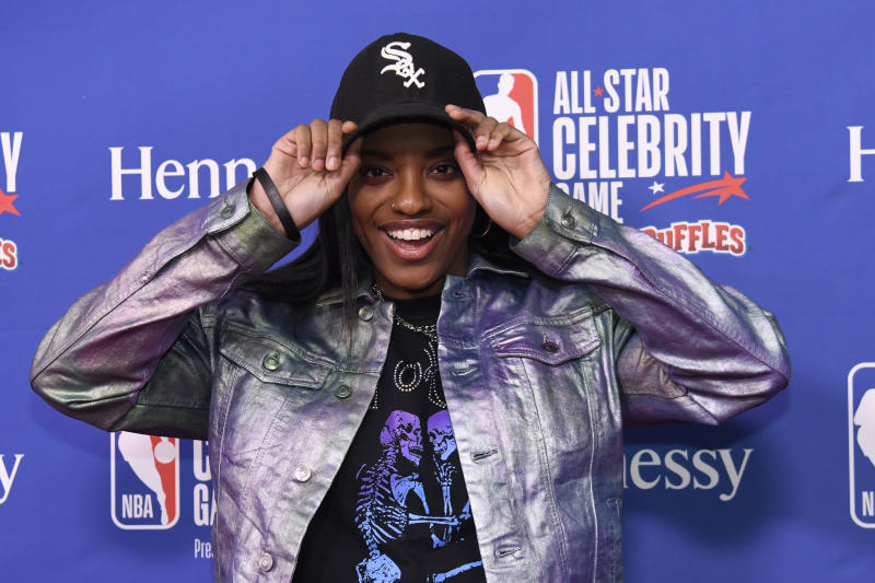 Diamond DeShields arrives on the red carpet prior to an NBA Celebrity All-Star basketball game Friday, Feb. 14, 2020, in Chicago. (AP Photo/David Banks)
