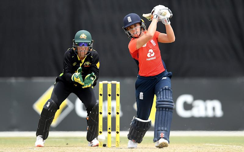 Lauren Winfield of England in action against Australia - Quinn Rooney/Getty Images