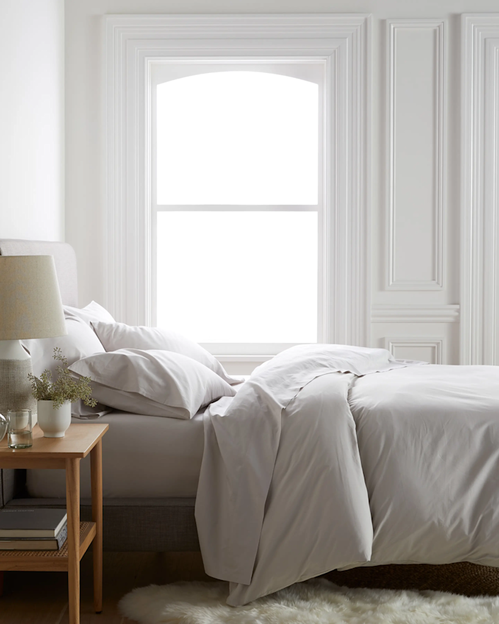 """<h3>Quince </h3><br><br>Not only does Quince make our favorite $50 cashmere sweater, but it also makes quite the selection of excellently priced and highly rated organic percale and Belgian linen bedding.<br><br><em>Shop <strong><a href=""""https://www.onequince.com/"""" rel=""""nofollow noopener"""" target=""""_blank"""" data-ylk=""""slk:Quince"""" class=""""link rapid-noclick-resp"""">Quince</a></strong></em><br><br><br><strong>Quince</strong> Organic Percale Deluxe Bedding Bundle, $, available at <a href=""""https://go.skimresources.com/?id=30283X879131&url=https%3A%2F%2Fwww.onequince.com%2Fhome%2Forganic-percale-deluxe-bedding-bundle"""" rel=""""nofollow noopener"""" target=""""_blank"""" data-ylk=""""slk:Quince"""" class=""""link rapid-noclick-resp"""">Quince</a>"""