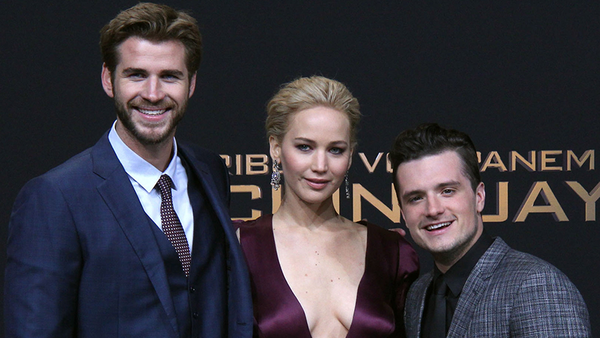 <p>Stars Bring The Glamour For The Hunger Games World Premiere</p>