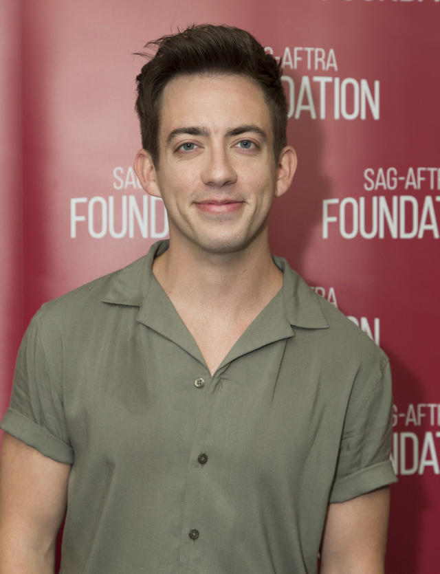 <em>Glee</em> star Kevin McHale confirms his sexuality. (Photo: Getty Images)