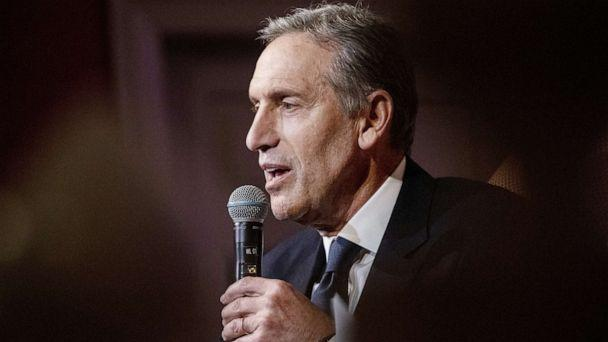 PHOTO: Howard Schultz speaks during his 'From the Ground Up' book tour in Washington, D.C., Feb. 14, 2019. (Alex Wroblewski/Bloomberg via Getty Images, FILE)