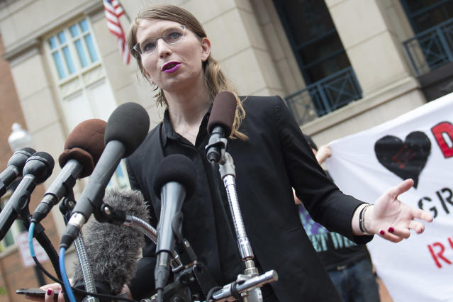 Former military intelligence analyst Chelsea Manning speaks to the press before a Grand Jury appearance. (Photo: Eric Baradat/AFP via Getty Images)